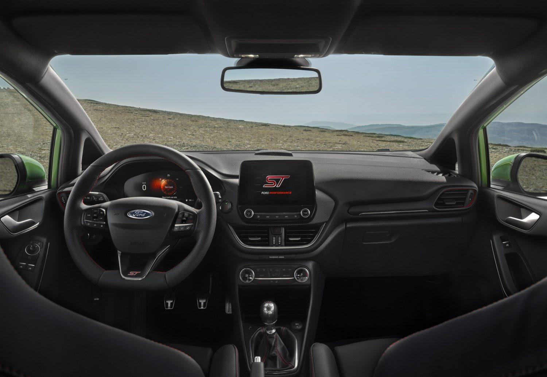 Hình ảnh nội thất Ford Fiesta 2022